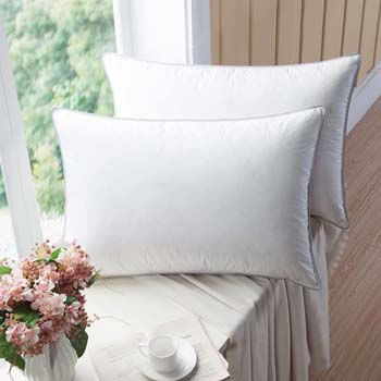 9. WENERSI Premium Goose Down Pillows with Feather Blended.