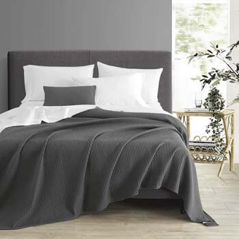 7. PHF 100% Cotton Waffle Weave Thermal Blanket